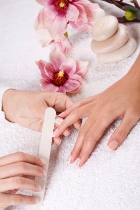 Como lixar as unhas